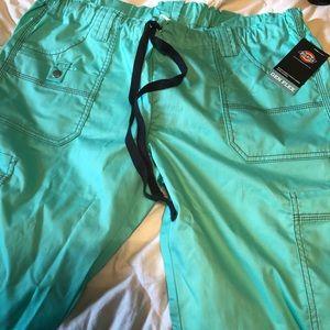 Dickies scrub pants NWT size large